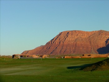 Golfing near Lake Powell